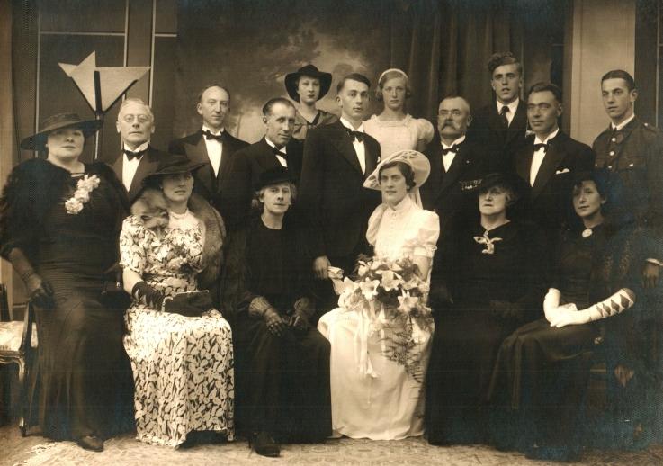Foto 009 - familiefoto bij trouw