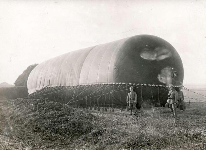 Verankerde Duitse zeppelin - 1915