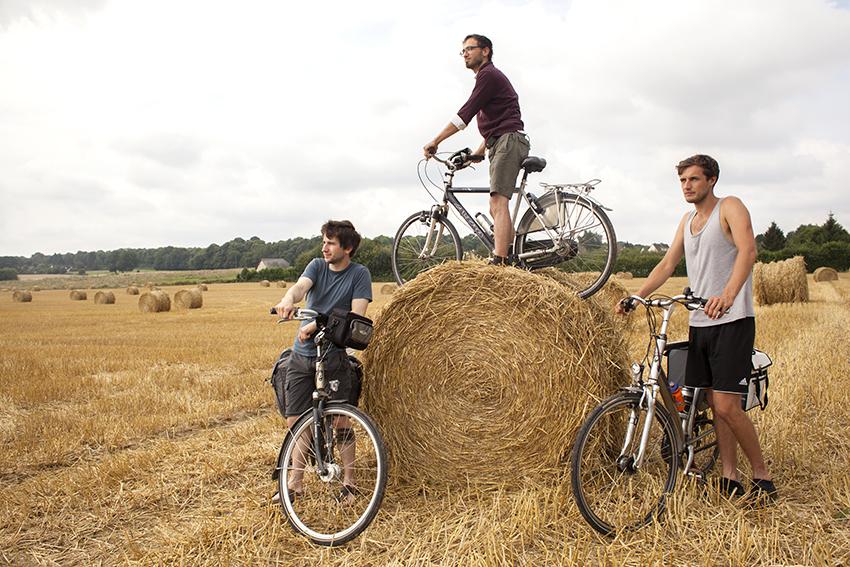 Maar eerst nog een fotoshoot op de typische Normandische velden!