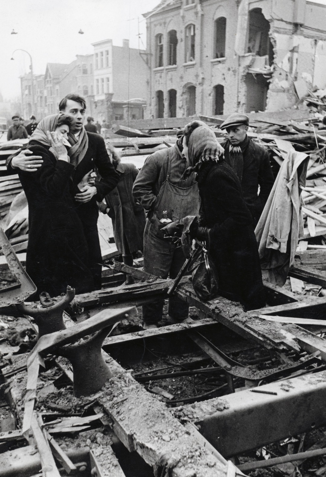 The bombing of Mortsel made 936 casualties.