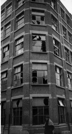 atea_bombardement_1944_1_gebouw