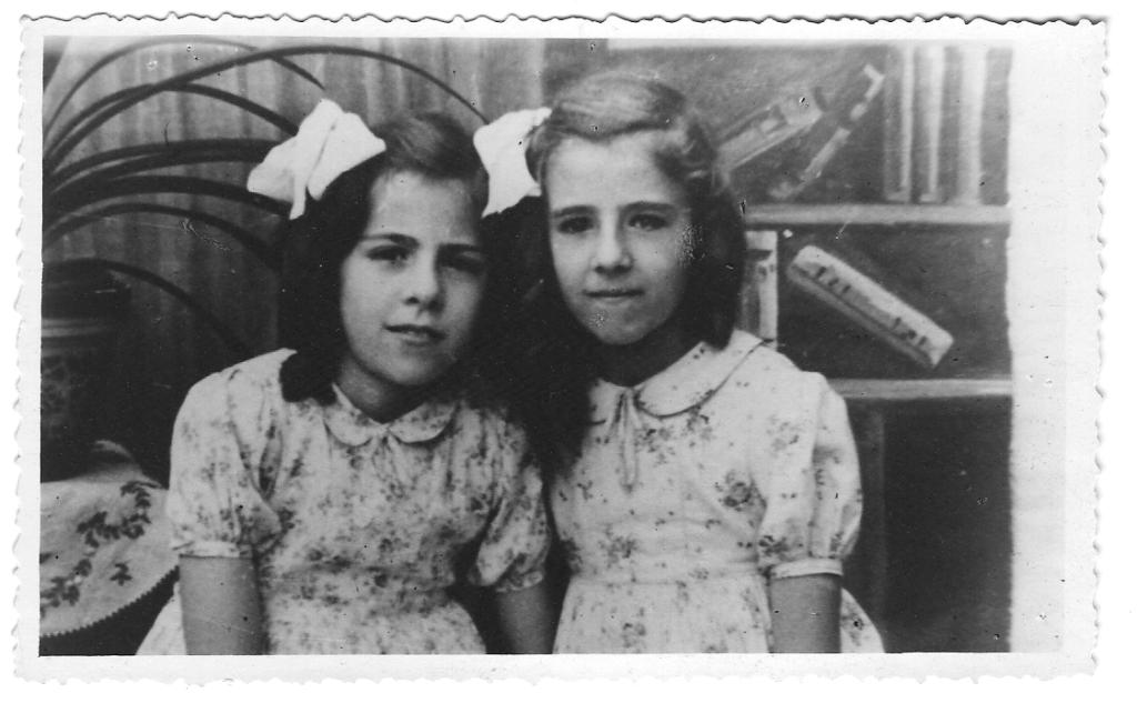 De laatste foto van Mia en Irma Dobbeleers